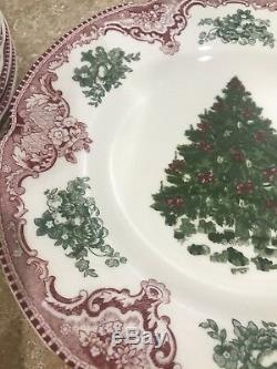 10 Johnson Bros. ENGLAND DESSERT SALAD CHRISTMAS TREE PLATES Pink Red FULL COLOR