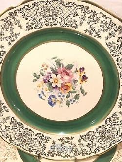 12 Victorian Johnson Bros Green Gold Filigree Etch Scalloped Dinner Plates