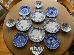 16 pc Johnson Brothers Devon Cottage Dinner, Salad Plates, Bowls Mugs 4 Each