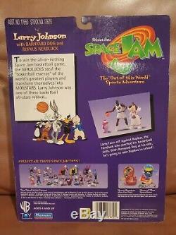 1997 Warner Bros. Space Jam Larry Johnson with Barnyard Dog and Bupkus Nerdluck