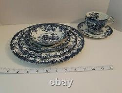 24 PIECES Blue Johnson Brothers COACHING SCENES, FOUR 6 piece place settings
