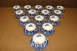 31 Pc Early Mark Johnson Brothers WILLOW BLUE (Older) Cups (no border) & Saucers