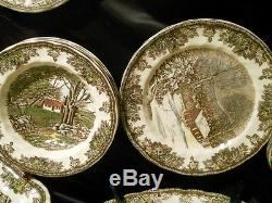 31 pieces Johnson Bros Friendly Village China Sev, 4 + Extras See Pics Mint