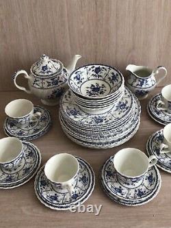 38 piece Johnson Brothers Indies Blue & White Dinner & Tea Set. VGC