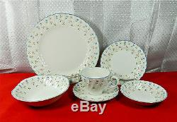 44-pcs (or Less) Of Beautiful Johnson Brothers Melody Pat China Excellent