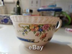 70 pieces of Johnson Bros Eastbourne Old English Scalloped Floral Vintage China