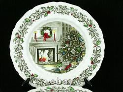 8 Johnson Brothers Merry Christmas Scalloped Dinner Plates 10-5/8