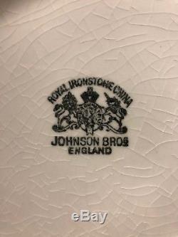 Antique White Ironstone Pitcher And Bowl Set Wash Basin Johnson Bros England