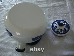 JOHNSON BROTHERS BLUE WILLOW PORCELAIN ENAMEL on STEEL WHISTLING TEA KETTLE with