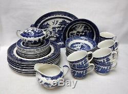 JOHNSON BROTHERS china BLUE WILLOW made in England 44-piece SET SERVICE for 8