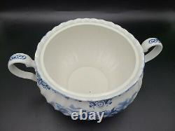 JOHNSON BROTHERS china HERITAGE HALL Blue pattern Soup Tureen