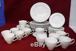 JOHNSON Brothers REGENCY Made in England pattern 48-piece SET SERVICE for 12