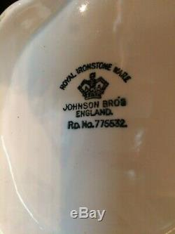 Johnson Bros. Bathroom Wash Set