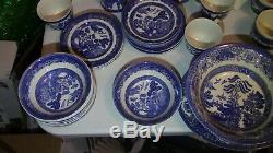 Johnson Bros England Blue Willow Earthware 79 Piece Set Plate Bowl Cup Saucer