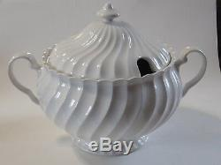 Johnson Bros England REGENCY Soup Tureen withlid Earthenware Ironstone