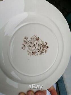 Johnson Bros Windsor Ware Harvest Fruit Dish Dishes Plates 10 5/8in England