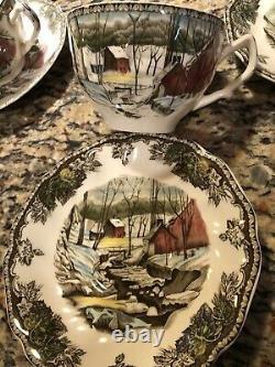 Johnson Brothers, Friendly Village 150+ piece Set Dinner Plates, Bowls, Glasses