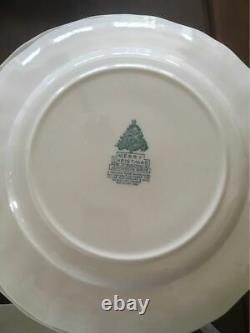 Johnson Brothers MERRY CHRISTMAS 4 DINNER PLATES MADE IN ENGLAND (s)