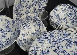Johnson Brothers Old Bradbury Blue Dinner Plates & Soup/ Cereal Bowls Set of 15