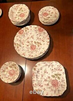Johnson Brothers Rose Chintz 40 Pc SET 5 Pc Place Settings Service For 8 NICE