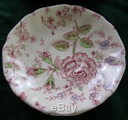 Johnson Brothers Rose Chintz Dinnerware 26 pcs England