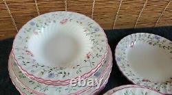 Johnson Brothers Summer Chintz 10pc Dinnerware