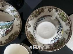 Johnson Brothers The Friendly Village 24 PC Dinnerware Set England