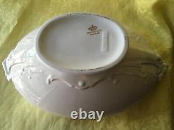 Johnson Brothers Vegetable Server or Soup Tureen. Pre loved, Good Condition