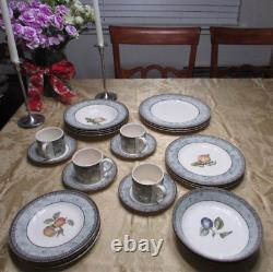 Johnson Brothers Wedgwood manorwood earthenware dinnerware England 24 pcs