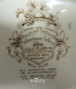 Set of (11) Johnson Brothers Windsor Ware HARVEST FRUIT Salad Plates! MINT