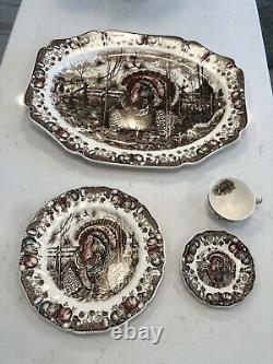 Used Johnson Bros His Majesty Used Dinnerware Set Thanksgiving, Autumn