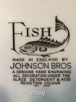 Vintage Johnson Bros FISH 25 1/2 x 11.5 Cream Color Oval Scalloped Platter