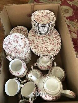 Vintage Johnson Bros. Old Bradbury Pink assorted 100 pieces including teapot