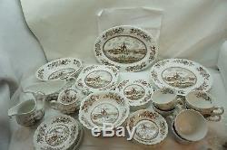 Vintage Johnson Brothers China Tulip Time 50 Pc Service Dinnerware England Brown
