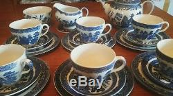 Vintage Johnson Brothers willow pattern Afternoon tea Set in PC